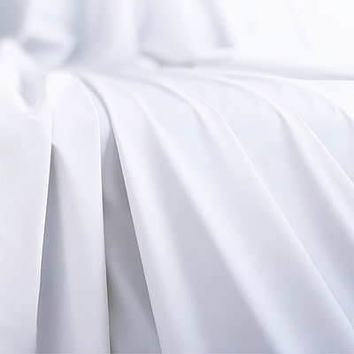 Fluidproof Throw – White